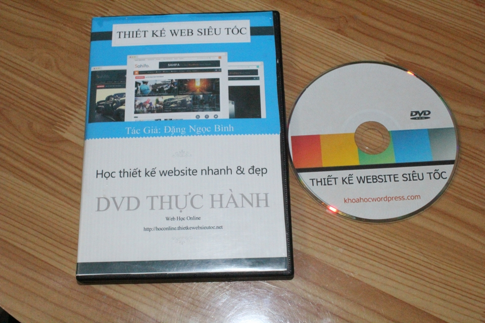 hoc thiet ke web voi video